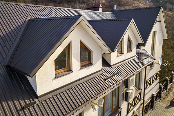 learn how long can your house metal roof last in Vancouver